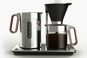 The Wilfa SVART Manuell Makes Coffee the Opposite Way