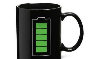 The ThinkGeek Battery Thermokruzkhus Mug is Geeky