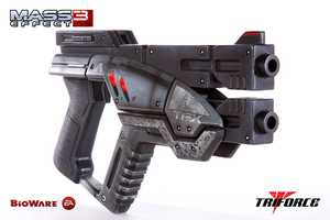 The M-3 Predator Full Scale Replica Brings the Mass Effect Pistol to Life