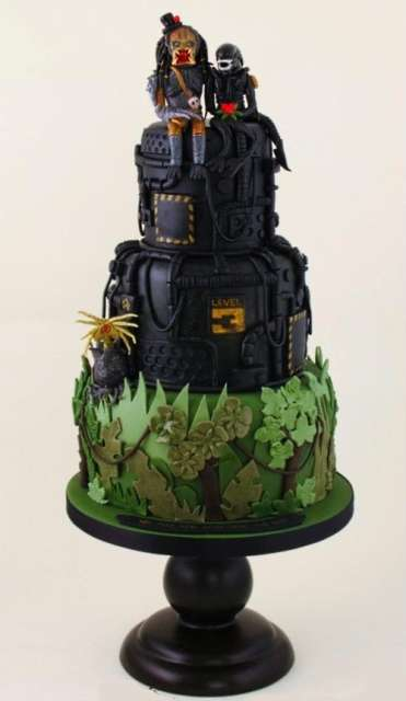 alien and predator cake