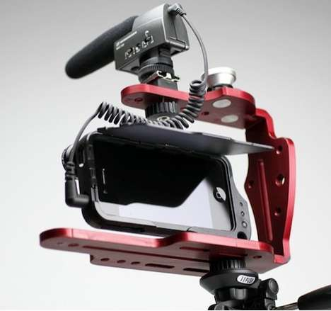 Professional iPhoneography Accessories - The DiffCage iPhone Rig Makes Your Selfies Pro Portraits