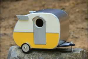 The Vintage Camper Birdhouse Brings the 80s Back