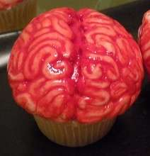 bloody zombie brains cupcakes