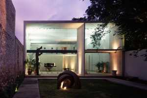 The Munoz Arquitectos Studio is See-Through All Over