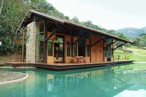 The Cadas Architecture Itaipava Residence is Lavish and Rustic