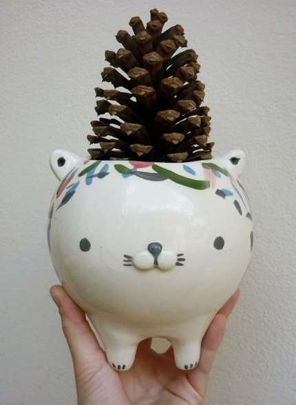 animal ceramic pots by miriam brugmann