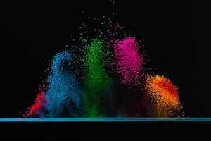 Fabian Oefner's Dancing Colors Series is Vibrantly Energetic