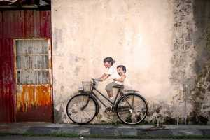 The Interactive Paintings by Ernest Zacharevic Beautify Malaysia
