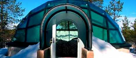Glass Igloos - Fake Ice Hotels