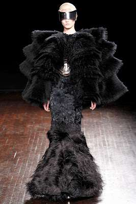 Alexander McQueen Fall 2012 