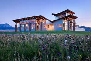Double Helix Ranch by Williams Partners Architects is Remote