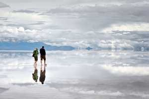 The 'Salar de Uyuni' Produces a Beautiful Mirrored Eff