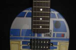 The Guitar2-D2 Looks Just Like the Famous Robot