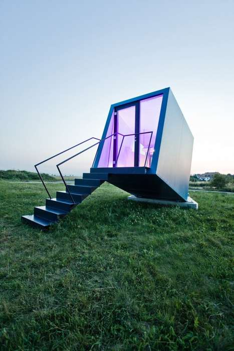 Mobile Minimalist Hotel Rooms - The Hypercubus by Studio WG3 is Self-Sufficient and Compact