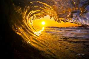 Brad Styron Captures Unreal Images Amid Surfable Waters