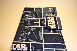 The Star Wars Kindle Cover by The 2 Sisters Shoppe is Perfect for Fans