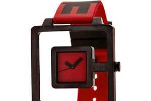 The Eviga Hola Watch Has Video Game Style