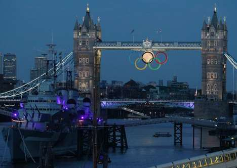 Full Moon Rises at Tower Bridge