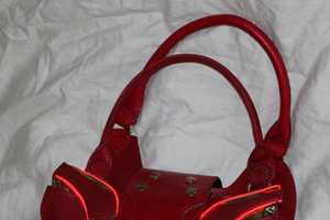 The 'Glowing Iron Man Purse' is Geeky but Fashionable