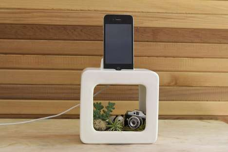Bloombox iPhone Mount