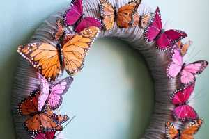 The 'A Beautiful Mess' Feather Garland is Easy to Make