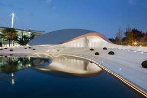 The HENN Architects Porsche Pavilion is Curvaceous