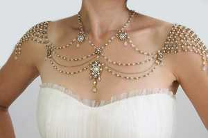 The 'My Little Bride' 1920s Inspiration Shoulder Necklace is Delicate
