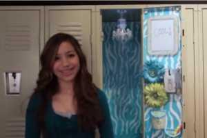 LockerLookz Back-to-School Locker Chandeliers are Elegant