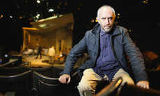 Jonathan Pryce Gives Tips on Confidence in This Stage Fright Keynote