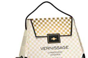 The 'Bag-in-Bag Wine' is Fashionable and Fun