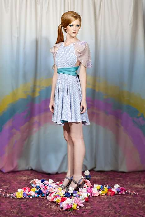 Lady Petrova SS12