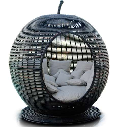 Fruit-Shaped Patio Furniture - The Igloo Apple Day Bed Lounger Brings New Meaning to the 'Big Apple'
