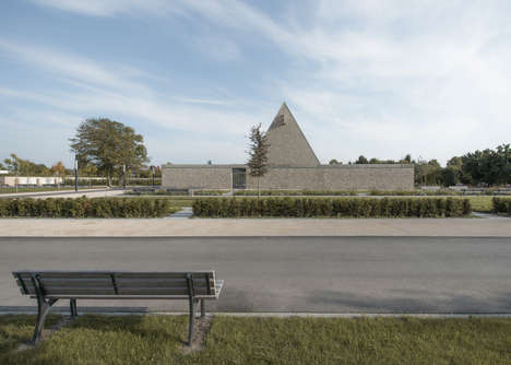 Funeral Chapel by Bayer & Strobel Architekten