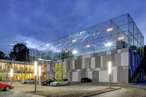 Fala Park by PL.architekci Boasts a Futuristic Look