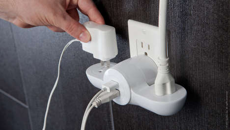 Pivot Power Mini outlet adapter