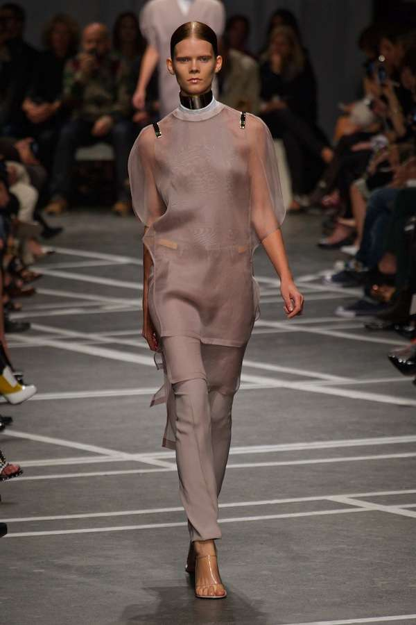 Minimalistic Ruffled Couture