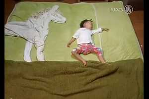 Japanese Mother Mami Koide Takes Creative Pics of Sleeping Baby