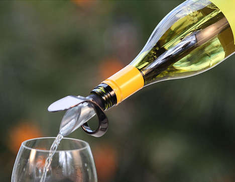 Cooling Wine Spouts - The VinOice Wine Chiller and Drip-Free Pourer Keeps Vino Cool