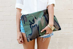 The 'a pair and a spare' DIY Camo Clutch Will Lead a Fa