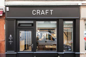 The 'Cafe Craft' by Pool Appeals to Writing Professionals