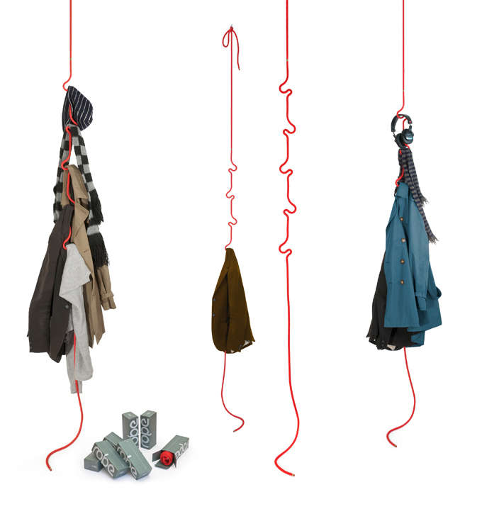 Kinked Cord Clothes Hooks