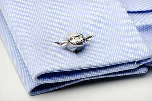 The Geeky Star Wars Cufflinks Add Charisma to a Suit