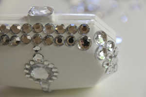 This DIY Jeweled Clutch Fits Perfectly in the Palm of Your Stylish Hand