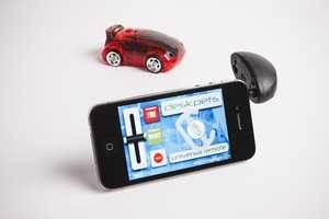 The CarBot R/C Car Uses Your Cellphone or Tablet to Control It
