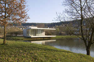 The Pavilion Siegen by Ian Shaw Architekten Adds Luxury to Fishing