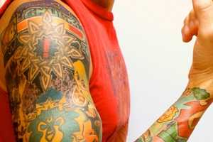 The Gamer Sleeve Tattoo Depicts All the Famous Characters From the Past