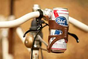 The Bike Beer Holder Lets You Enjoy a Brisk Ride and Drink Together