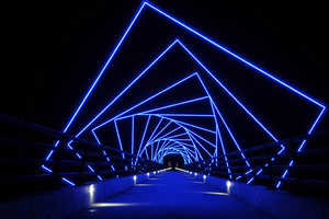 The High Trestle Trail Bridge Presents Swirling Steel Pieces