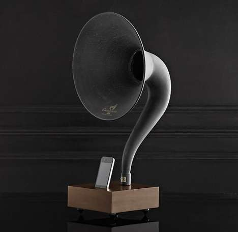 iPhone 5 Gramophone