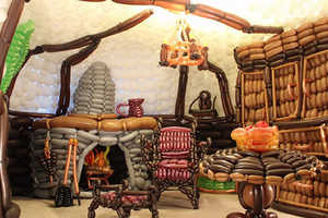 The Balloon Bag End is a Detailed Model Using 2,600+ Balloons